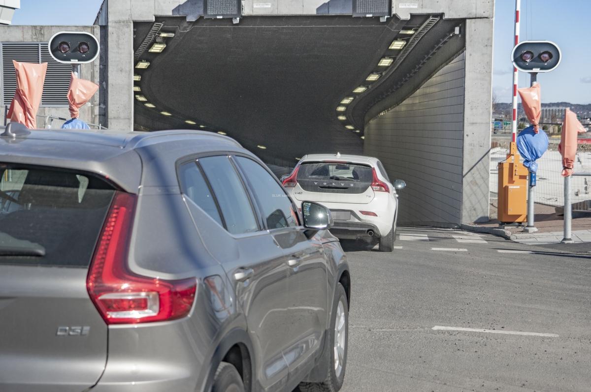 Den 19 mars var tunneln vid Falutorget öppnad. Allt var ännu inte klart, såsom  stoppljus vid övergångsställen.