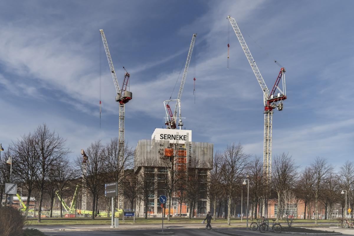 Bygget av Karlatornet är igång igen.