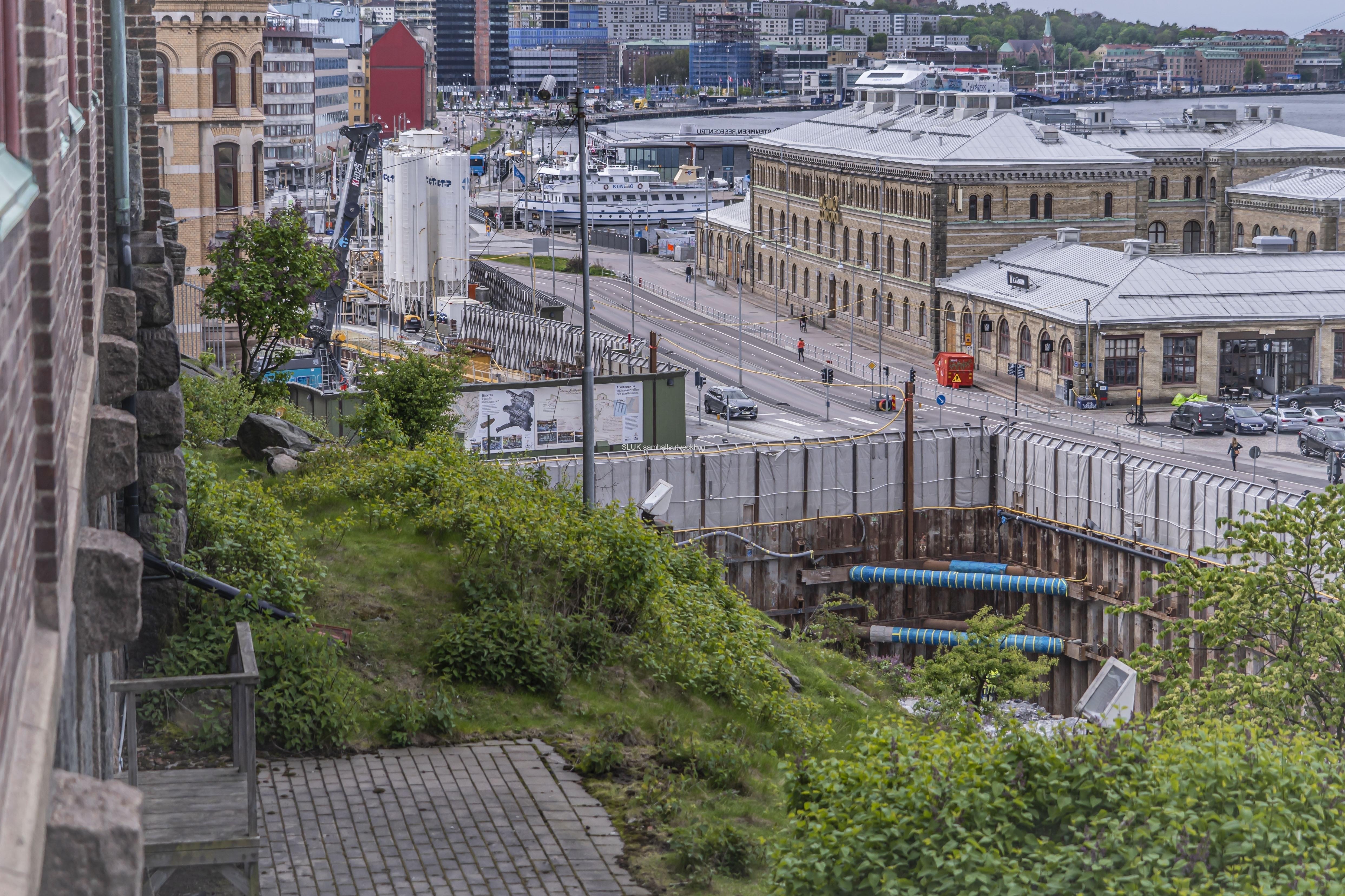 En vy från Kvarnberget mot Operan, där Västlänken byggs.