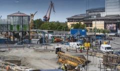 Nu har halva Torsten Henrikssons gångbro rivits.