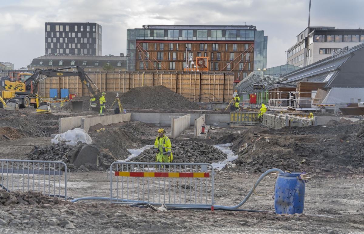 Byggnadsnämnden har beslutat att godkänna detaljplanen för Västlänkens station och det kommer att innebära många  förändringar av tågstationen.