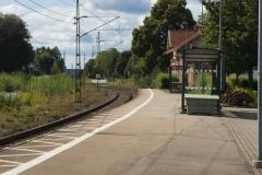 Enkelspår i Bollebygd, här syns stationen